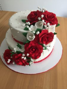 wedding anniversary cakes in noida