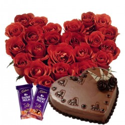 20 Roses Heart Cake Chocolate