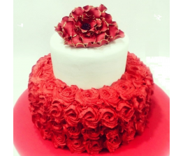 Red Rose Trupple Lare Cake