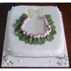 White Rose Cake (Fondant)