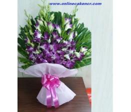 10-Orchids Bouquet