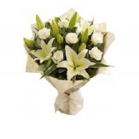 White Lily With White Roses Bunch